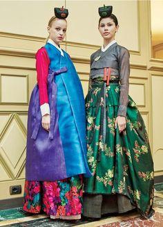 한복 Hanbok : Korean traditional clothes[dress] | . Chai Kim Younng Jin