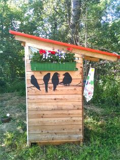 Outdoor-Toilette komplett aus alten Materialien / Outdoor toilet house completely made from old material / Upcycling