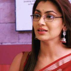 Sriti Jha, Kumkum Bhagya, Hand Bags, Bollywood Actress, Giveaway, Meme, Actresses, Happy, Instagram