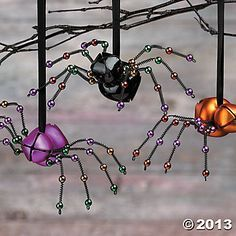Jingly-Jangly Spider Ornaments could so easily make these - over the years I have made lots of these. So much fun and people love them. Also attach the Christmas Spider story . Halloween Trees, Halloween Ornaments, Halloween Projects, Holidays Halloween, Halloween Diy, Happy Halloween, Halloween Decorations, Christmas Decorations, Halloween Crafts To Sell