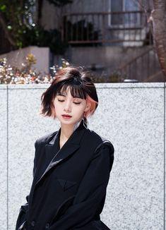Short Dyed Hair, Asian Short Hair, Hair Color Streaks, Hair Dye Colors, Asian Hair Trends, Hair Color Underneath, Korean Hair Color, Alternative Hair, Aesthetic Hair