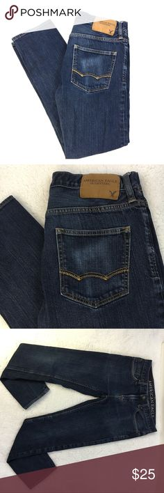 """American Eagle AE Men's Skinny Blue Jeans 29x30 American Eagle Outfitters AE Men's Skinny Denim Blue Jeans, size 29x30. Great condition with minor signs of wear on back pocket from wallet. Measures approximately 15-1/2"""" waist, 9"""" rise, 27-1/2"""" Inseam, 36"""" total length. Smoke free home. (A27) American Eagle Outfitters Jeans Skinny"""