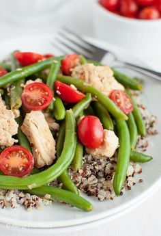 Smokey Chicken and Green Beans Over Quinoa Recipe - Allergy Free Alaska #healthychicken Real Food Recipes, Chicken Recipes, Healthy Recipes, Healthy Cooking, Healthy Food, Elimination Diet Recipes, Green Bean Recipes, Beans Recipes, Green Bean Casserole