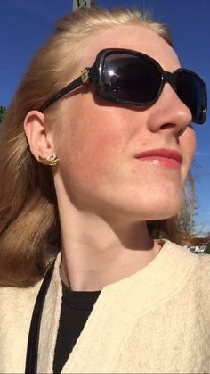 #golden #blonde #gold #earring #charlesjourdan #and #chanel #sunglasses #beautiful #sunny #day 🌞✨