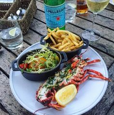 Lunch, The Devonshire Arms way! Thanks for sharing on Instagram @whatfionaeats #DevonshireArms #BoltonAbbey #lobster #foodie #seafood #Brasserie #Yorkshire #Yorkshire #Instagram #localproduce #lunch #wine #luxurytravel