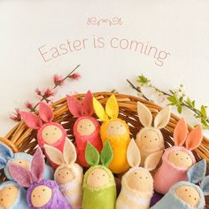 These little easter bunny dolls will be the cutest easter treasure for your kids or your partner. Easter Bunny, Easter Eggs, Natural Toys, Waldorf Toys, Imaginative Play, Kids Playing, Wool Felt, Playroom, Kids Toys