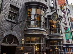 Ollivanders Wand Shop - Diagon Alley.