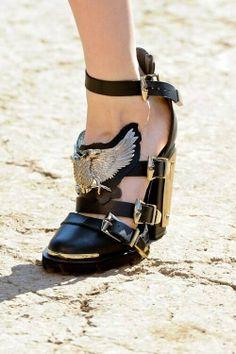 gold eagle boots