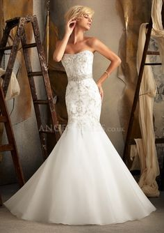 Scoop Tulle Mermaid Floor Length Bridal Gowns With Appliques