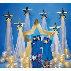 Super Star Pathway and Balloons Kit - Balloon Decorations 🎈 Graduation Crafts, Pre K Graduation, Graduation Theme, Kindergarten Graduation, Graduation Decorations, School Decorations, Balloon Decorations, Graduation Backdrops, Balloon Clusters