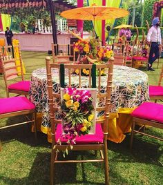 Best Wedding Decor Ideas: Browse Mehendi, Sangeet and Wedding decor Wedding Stage Decorations, Flower Decorations, Table Decorations, Big Indian Wedding, Elegant Wedding, Wedding Mandap, Wedding Chairs, Mehendi, Hot Pink Decor