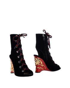 PRADA Ankle boot. #prada #shoes #ショートブーツ
