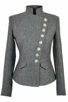 Lieutenant Jacket Cuillin Tweed A wardrobe classic with its origins firmly roo. Chic Outfits, Fashion Outfits, Womens Fashion, Tweed, Kleidung Design, Elegantes Outfit, Work Attire, Mode Inspiration, Mode Style