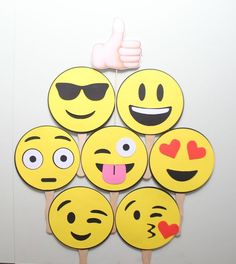 Emoji Inspired Photobooth Props by ThePartyGirlStudio on Etsy 13th Birthday Parties, 12th Birthday, Birthday Bash, Party Emoji, Fiestas Party, Wedding Props, Party Decoration, Its My Bday, Photo Booth Props