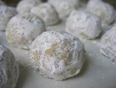 Gluten free mexican wedding cookies/russian tea cakes....can't wait to make them!