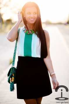 DIY Collar metalizado de colores | Crímenes de la Moda en stylelovely.com