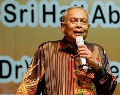 Adenan said there was no need for the Malay nationalist party in Sarawak as the Barisan Nasional (BN) coalition was already well-represented there. ― Bernama pic