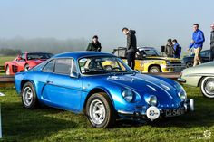 #Alpine #A110 au Rallye d'Aumale. Reportage complet : http://newsdanciennes.com/2016/04/12/rallye-daumale-autos-margo-polo/ #ClassicCar #Vintage #Car #Voiture #Ancienne