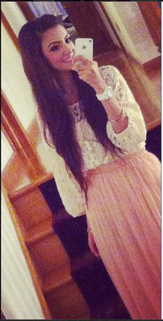 Faryal Makhdoom rocking the maxi skirt look Beautiful Couple, How To Feel Beautiful, Faryal Makhdoom Khan, Unique Fashion, Teen Fashion, Classy Outfits, Cute Outfits, Style Icons, Swag
