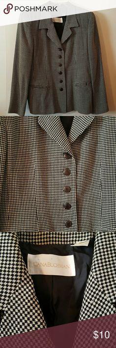 Stylish Blazer with 1980's Shoulder Pads Stylish Blazer with 1980's Shoulder Pads Dana Buchman Jackets & Coats Blazers