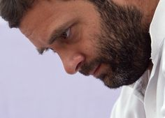Rahul Gandhi's mission for land bill takes an about-turn http://ndtv.in/Om8Y4w