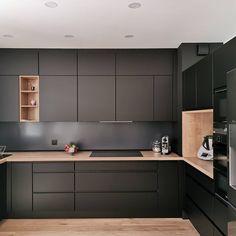 Kitchen Room Design, Kitchen Cabinet Design, Modern Kitchen Design, Interior Design Kitchen, Kitchen Decor, Kitchen Layout, Kitchen Ideas, Farmhouse Kitchen Cabinets, Modern Farmhouse Kitchens
