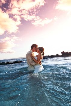 10 Reasons to Have a Destination Wedding, love the reasons and the trash the dress pic