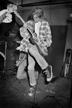 Kurt Cobain playing with Krist Novoselic in Hoboken, NJ, June 13, 1989 by Paul the Insomniac, via Flickr