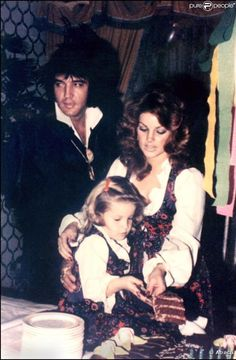 Photos Elvis-Priscilla-Lisa-Marie