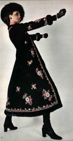 "1970 Nina Ricci...Another photo to file under ""Really Awkward Model Poses""."
