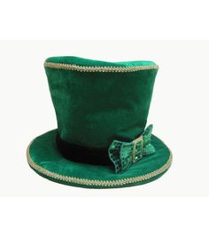 Accessorize your little ones this festive season with the St. Patricks Day  Hat. This ead551c4f181