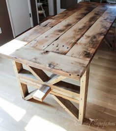 DIY Farmhouse Table With 2 Style Options For Legs