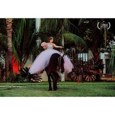 Instagram media by luiscorralesfotografia - #quinceañera #15años #misdulces15 #luiscorralesfotografia #luiscorrales #culiacan #sinaloa #fashionquinceañeras #editorial #pink #rosa #imfifteen #mexico #quinceañera #editorial  #editorialshoot #editorialstylist #editorials styling  #horse #caballo