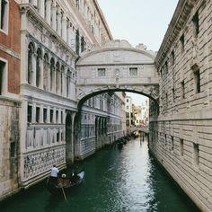 Venice in Italy / photo by Marcio Serpa