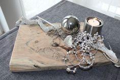 TD69 – Außergewöhnliche Tischdeko! Unikat! Altes Holz aufgearbeitet, natürlich dekoriert mit einem Edelstahlteelicht und Edelstahlkugel! Preis 39,90€
