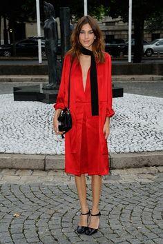 Alexa Chung fashion and style - She wore head-to-toe Prada for the Miu Miu pre-spring/summer 2015 show in Paris.
