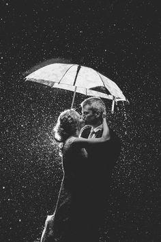 Um beijo na chuva, um clichê, um clássico, um ideal que ainda quero experimentar.