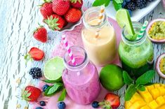 Your complete guide to making smoothies for hormone balance, including tips on the best ingredients to use and hormone balancing detox smoothie recipes. Natural Liver Detox, Best Liver Detox, Liver Detox Diet, Natural Detox Drinks, Liver Cleanse, Cleanse Diet, Detox Smoothie Recipes, Smoothie Diet, Detox Recipes