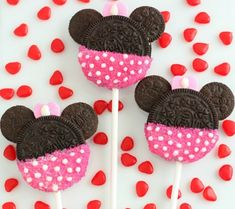 DIY Mickey & Minnie Cookie Pops | Disney Baby. Use organic and gluten free cookies