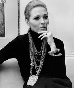 c83a3206c93e Moodboard of the day   Faye Dunaway and her fabulous jewelry Charlotte  Rampling