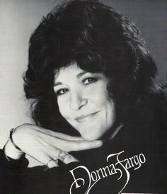 Donna Fargo Country Music Artists, Country Singers, Donna Fargo, Happy Girls, Funny People, Musicals, Memories, List, Female