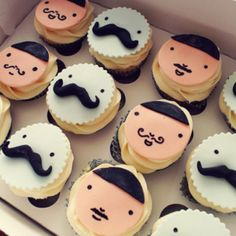 Mustache Cupcakes'.