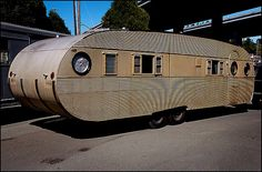 1957 Airfloat Landyatch,i want one of these ! Old Campers, Vintage Campers Trailers, Retro Campers, Vintage Caravans, Camper Trailers, Airstream, Cool Rvs, Tin Can Tourist, Classic Trailers