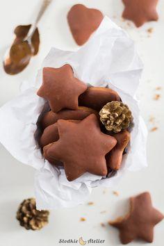Słodkie Atelier: Puszyste pierniczki Happy Foods, Cookies, Atelier, Crack Crackers, Biscuits, Cookie Recipes, Cakes, Cookie, Fortune Cookie