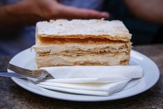 Krempita Serbian Food, Serbian Recipes, Malta, Vanilla Cake, Desserts, Tailgate Desserts, Malt Beer, Deserts, Postres