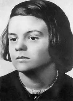 Sophie Scholl.  (Photo by ullstein bild/ullstein bild via Getty Images)