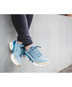 Nike WMNS Air Max Jewell LX Sky Blue Trainer Cheap Nike Air Max, Nike Air Max For Women, Nike Women, Nike Air Max Trainers, Blue Trainers, Air Max 95, Mens Sale, Beige, Sneakers