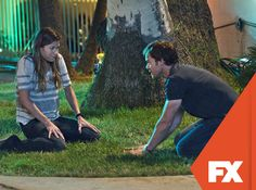 Debra tenta curar a temível obsessão de Dexter.  Dexter - Nova temporada, domingos, às 23H   #DexterBR  Confira conteúdo exclusivo no www.foxplay.com