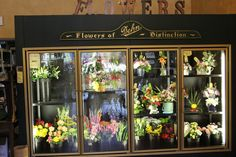 Dehn's Flowers knows how to do floral arrangements, they have 2 locations one in Ballston Spa and one in Saratoga Springs, shop either store for unique gifts and beautiful floral arrangements. http://www.dehnsflowersandgifts.com/!  #shopsaratoga #ILoveSaratoga http://www.saratoga.org/visitors/shopping