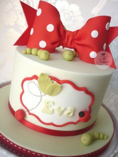 Love this plaque, with 'on your christening on it Fondant Cake Toppers, Cupcake Cakes, Cupcakes, Princess Cake Toppers, Girly Cakes, Cake Designs, Christening, Bakery, Yummy Food